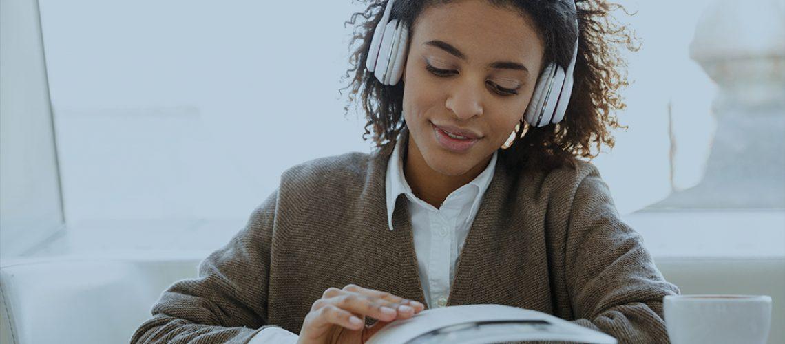 estudar-ouvindo-música